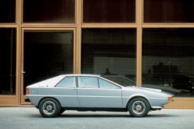 1973_Audi_Karmann_Asso_di_Picche_by_Italdesign_002_4759