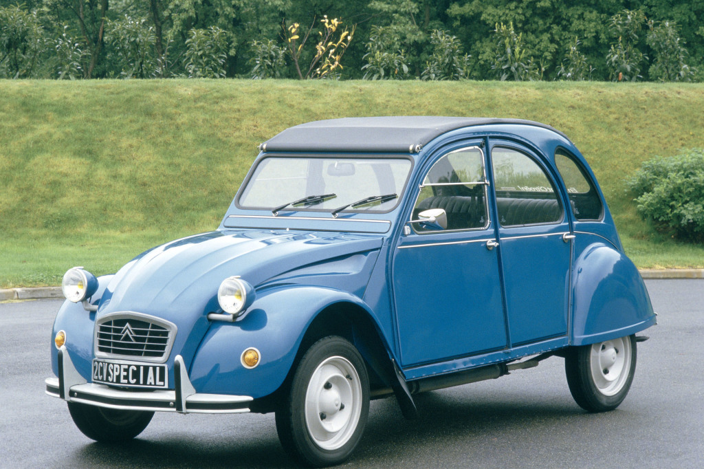 French 2cv Citroen on evolution engine