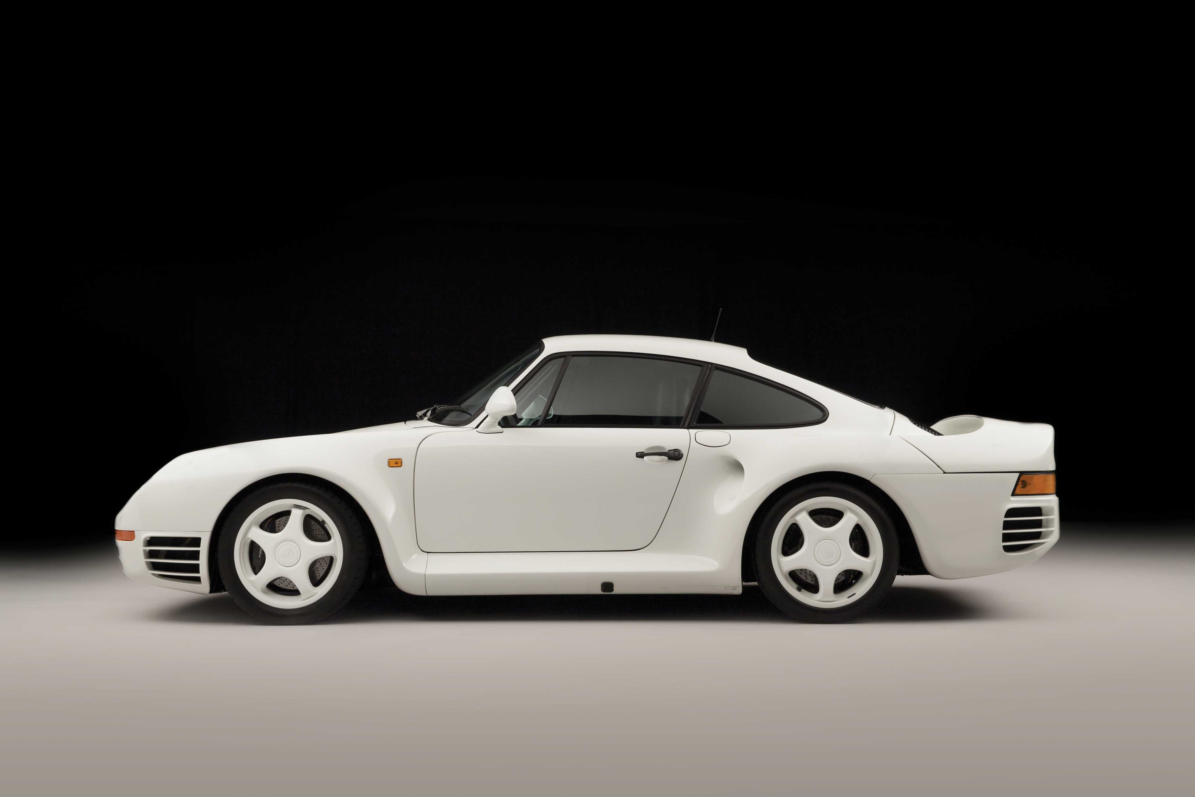 Car Crush Porsche 959 Influx